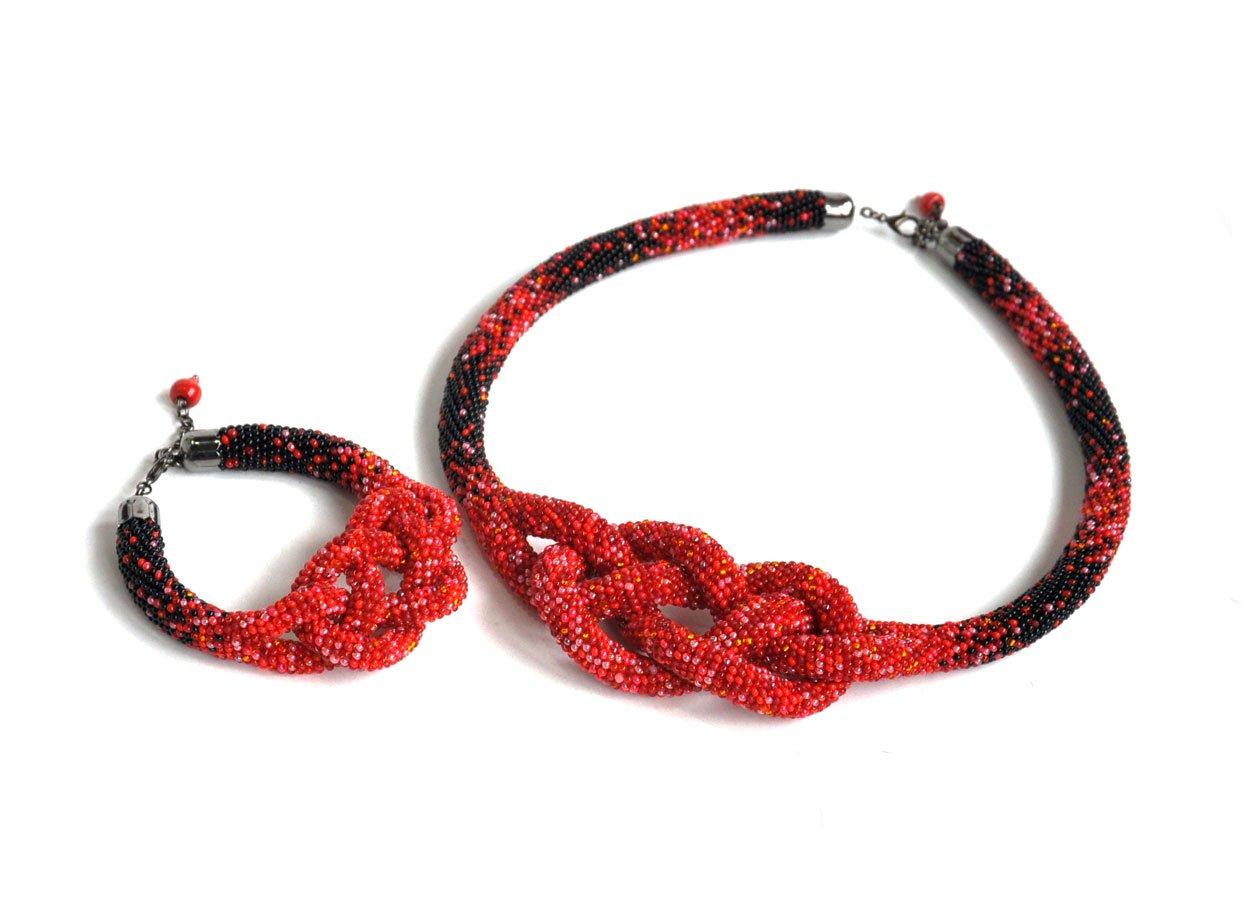 Комплект браслет и колье жгуты из бисера фото и схемы