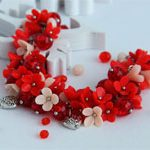 Браслет из глины Red Flowers