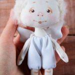 Куколка из глины Модняша