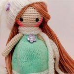 Вязанная кукла Mint