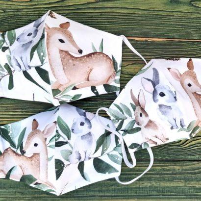 Многоразовые защитные маски для лица пошиты с натуральной ткани с детским принтом для девочек и мальчиков - лесными зверятами
