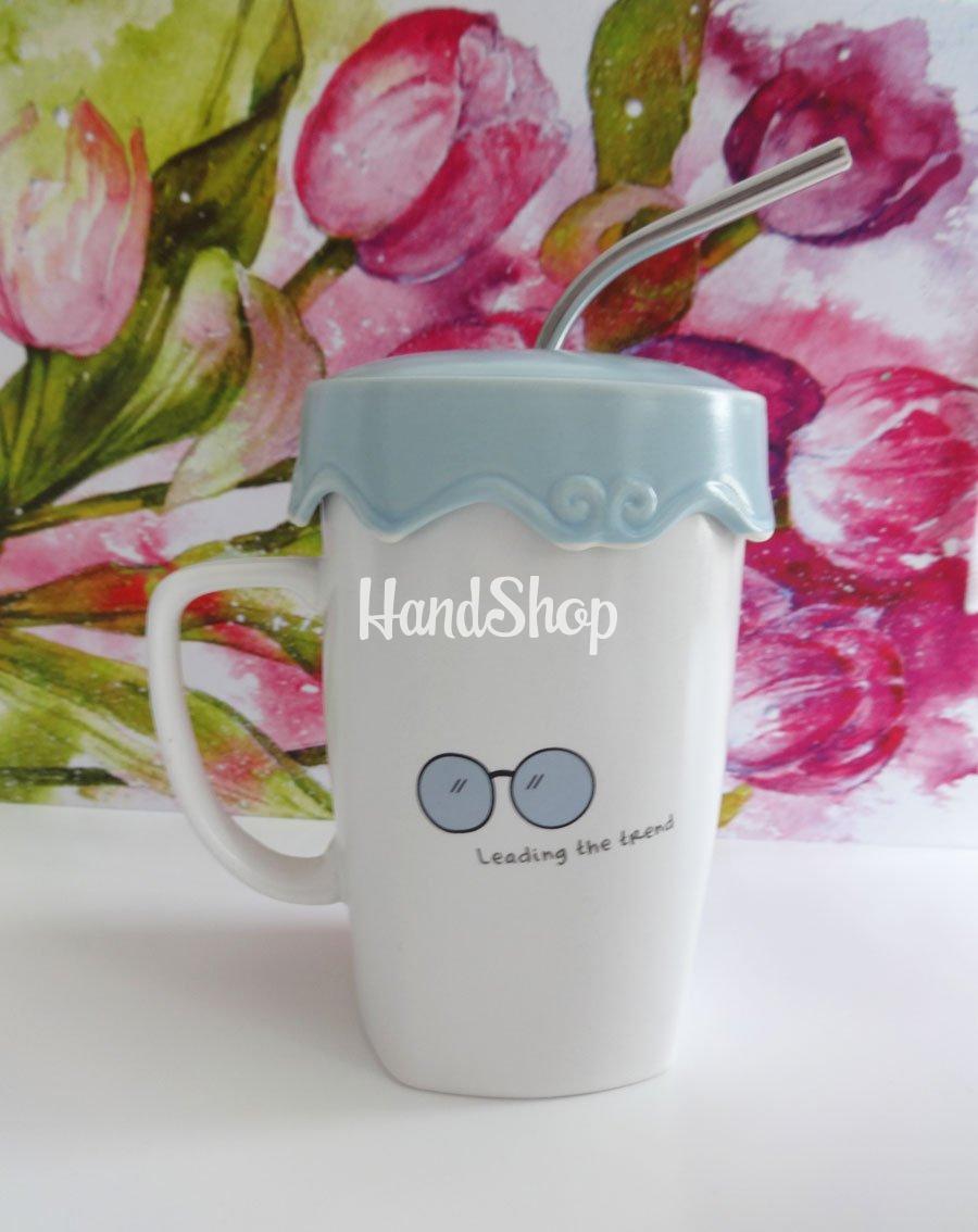 Чашка подарочная с крышкой и трубочкой