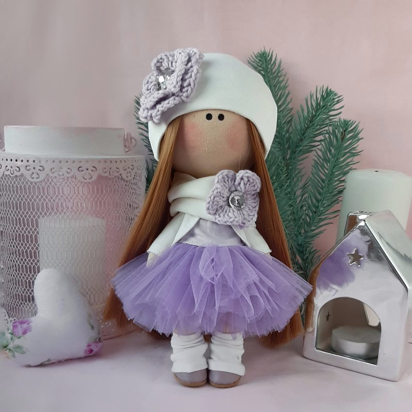 Авторская интерьерная кукла в платье