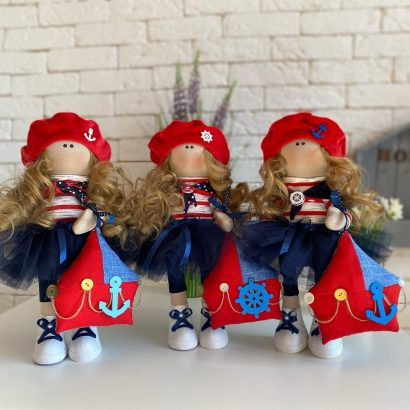 Текстильная кукла морячка