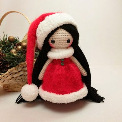 Вязаная крючком игрушка кукла Санта