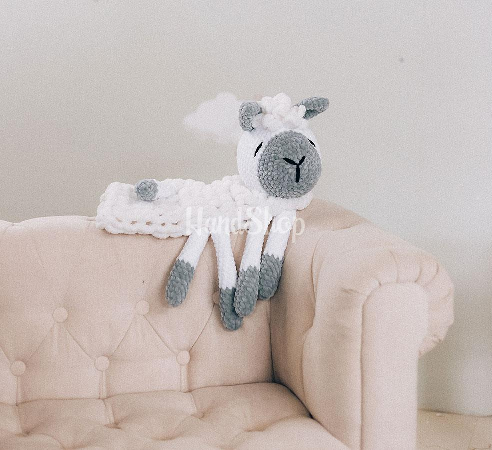 Игрушка пижамница длинной до 60 см овечка на резинке