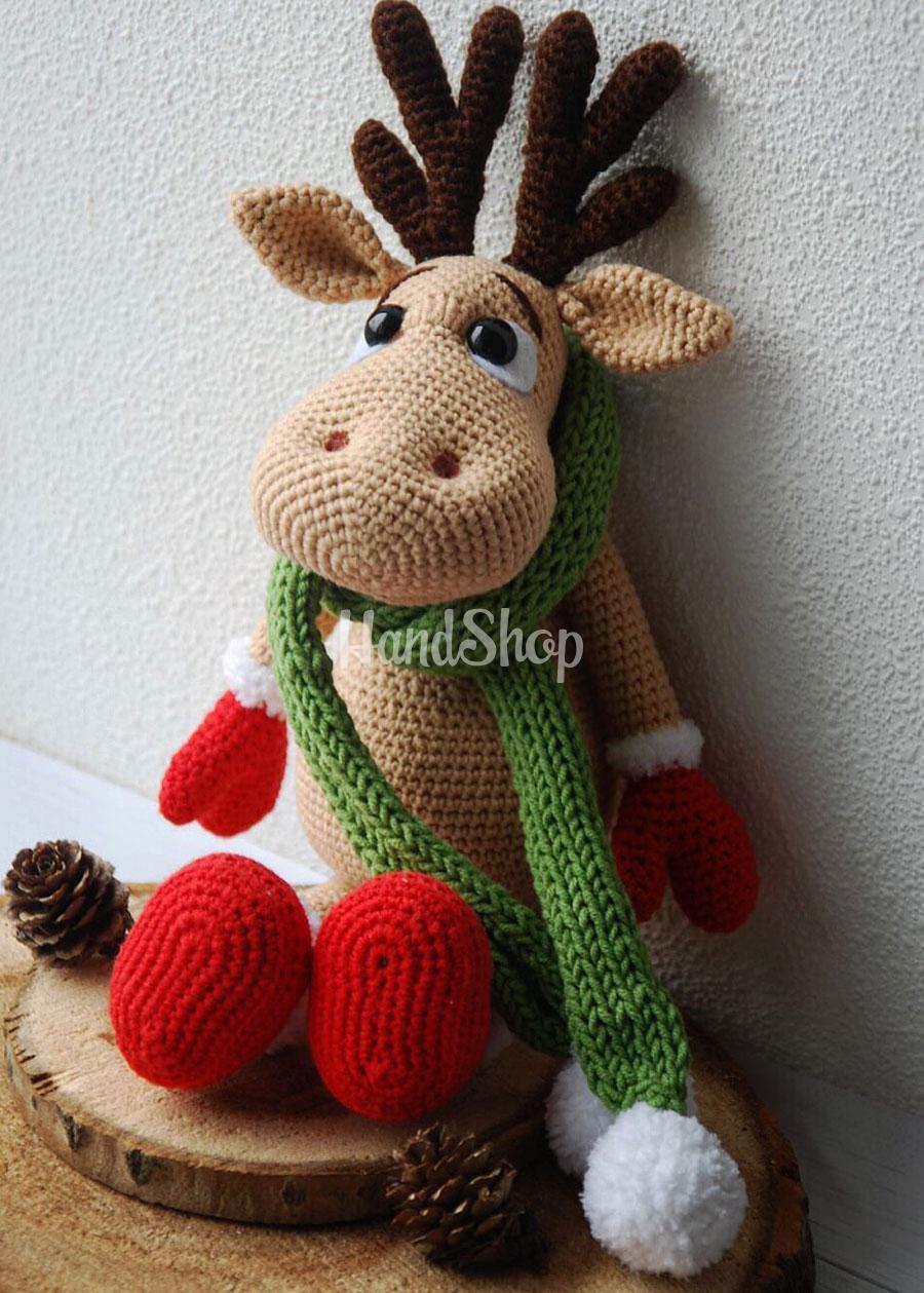 Игрушка лось олень в новогоднем образе