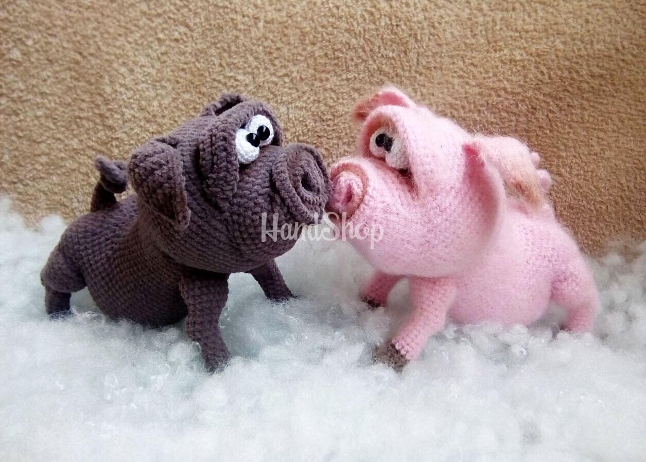 Вязанные игрушки крючком свиньи пара