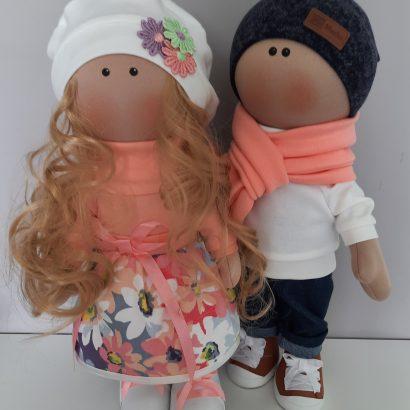 Пара авторских текстильных кукол