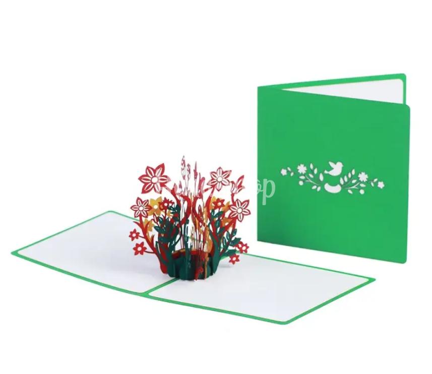 Женская объемная авторская 3d открытка с цветами